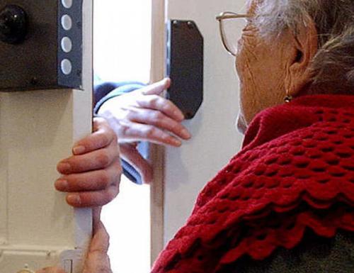 Truffe agli anziani: come evitarle.