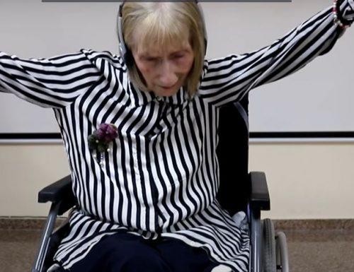 """Per una ballerina """"Il lago dei cigni"""" è indimenticabile, anche se ha l'Alzheimer."""
