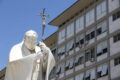Papa Francesco operato al colon, 'ha reagito bene all'intervento chirurgico'. Al Gemelli 7 giorni